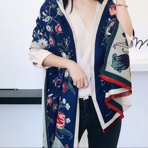 Accessories - 100% Cashmere Floral Wrap Scarf